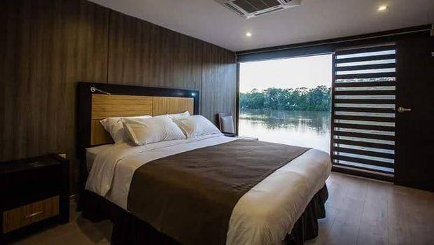 Fasilitas kamar (Anakonda Amazon Cruise)
