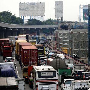 Aturan Tarif Tol Naik saat Macet akan Diterapkan di RI