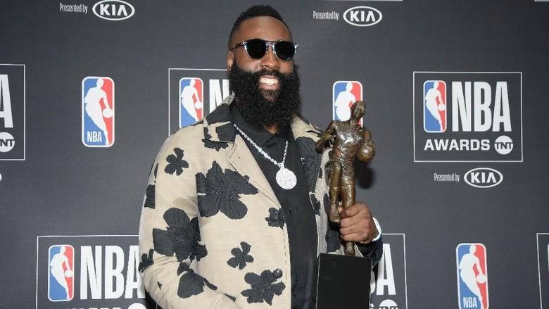 James Harden Raih Gelar MVP NBA 2018