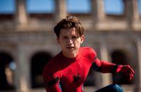 Suka Hindari Junk Food, Tom Holland Dituntut Naikkan Bobot Demi Jadi 'Spider-Man'