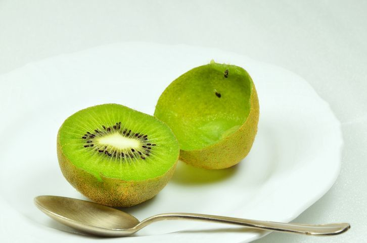 kupas kiwi