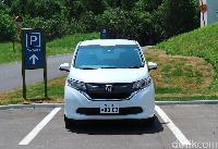 Honda Freed versi terbaru di Jepang
