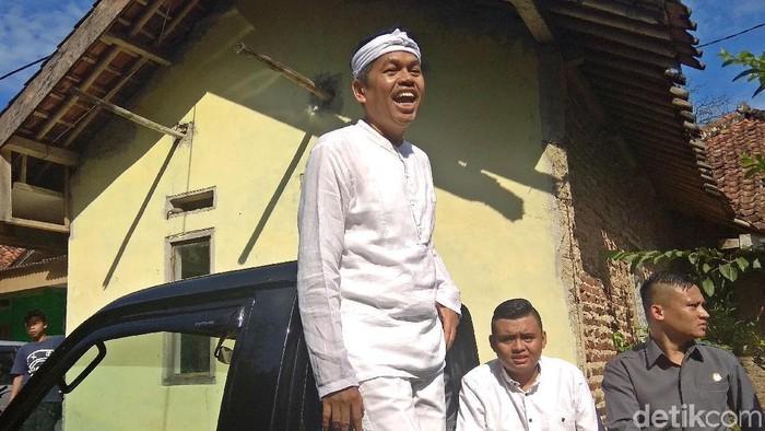 Calon Wagub Jawa Barat Dedi Mulyadi gunakan hak pilih di TPS 6 Kampung Krajan, Purawakarta. Ia mengaku tak ada ritual khusus di Pilkada serentak 2018.
