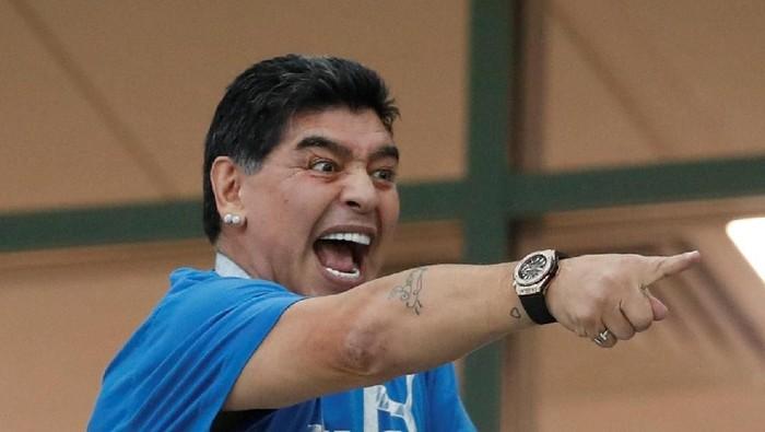 Soccer Football - World Cup - Group D - Argentina vs Croatia - Nizhny Novgorod Stadium, Nizhny Novgorod, Russia - June 21, 2018   Diego Maradona in the stands      REUTERS/Matthew Childs