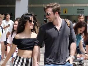Camila Cabello Kepergok Ciuman di Barcelona