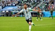 Argentina Lolos dari Lubang Jarum