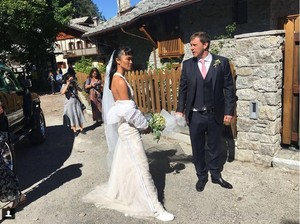 Dua Bulan Menikah, Kelly Tandiono Masih Tunda Punya Anak
