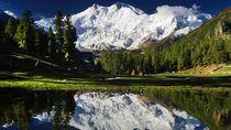 Potret Cantiknya Negara Nomor Satu Untuk Bertualang