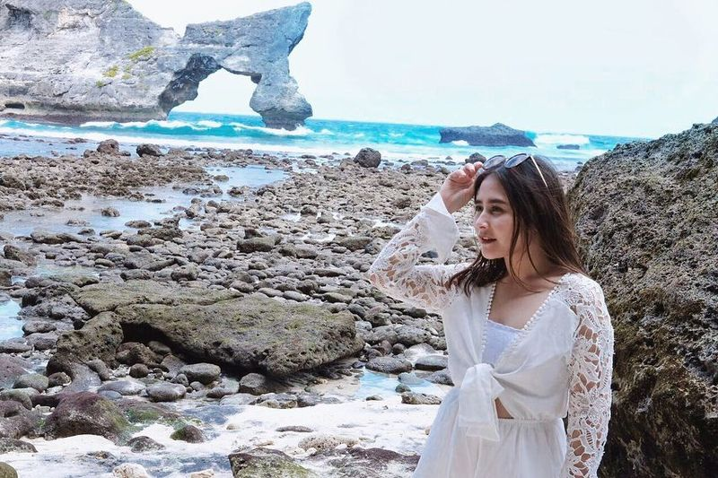 Prilly Latuconsina berlibur ke Bali (prillylatuconsina96/Instagram)