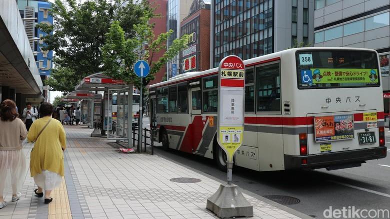 Transportasi Bus di Jepang. Foto: Dina Rayanti