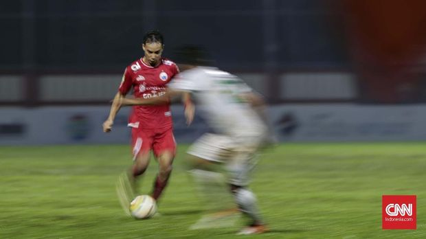 Novri Setiawan menjadi pemain yang berpotensi menggantikan Ismed Sofyan.