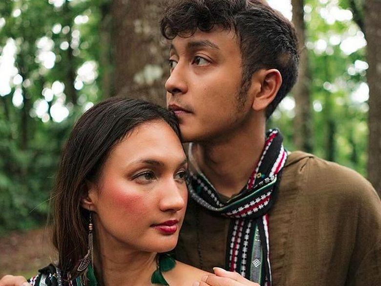 Nadine Chandrawinata dan Dimas Anggara kembali memamerkan kemesraan. Foto: Dimas Anggara dan Nadine Chandrawinata (Instagram)
