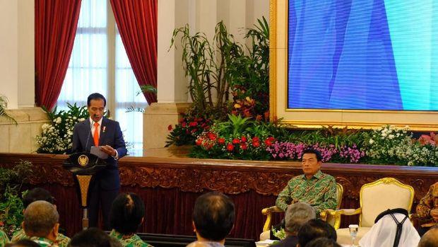 Jokowi turut berpesan kepada petani untuk menggalakkan urusan pasca-panen.