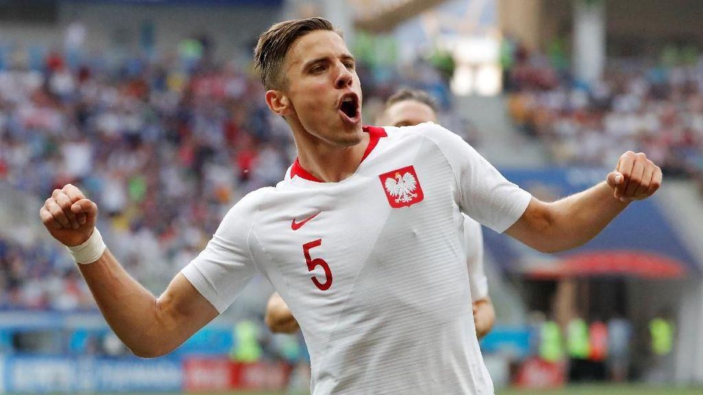 Video: Gol Jan Bednarek! Polandia Memimpin 1-0