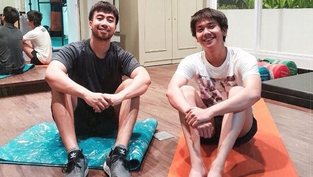 Fitness Bareng Vidi Aldiano, Netter Malah Fokus ke Kaki Iqbaal Ramadhan