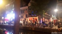 Pekerja Seks Red Light District Amsterdam Sudah Muak dengan Turis