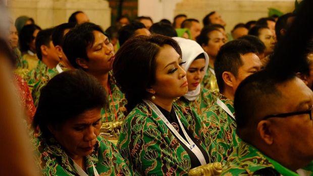 Jokowi menyinggung besarnya anggaran yang digelontorkan pemerintah untuk penelitian dan pengembangan.