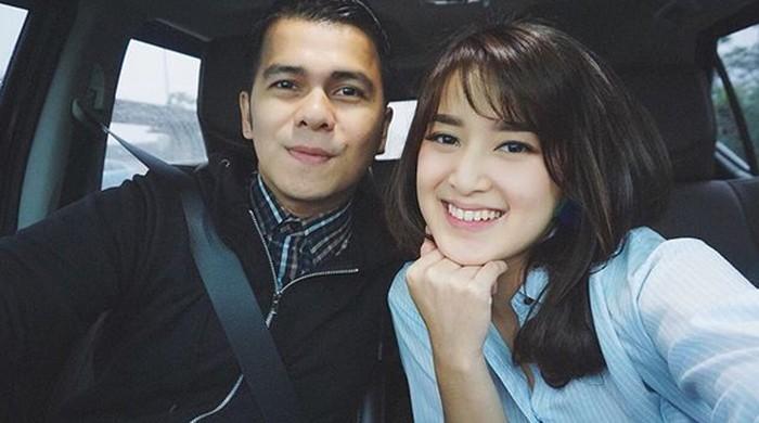 Makin Lengket Handika Pratama dan Rosiana Dewi di Doakan Cepet-cepet Kepelaminan