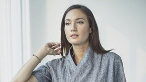 Nadine Chandrawinata Tak Suka Pakai Perhiasan Ribet