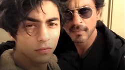 Nggak kalah kekar dari sang bapak Shah Rukh Khan, begini potret machonya Aryan Khan berperut sixpack.