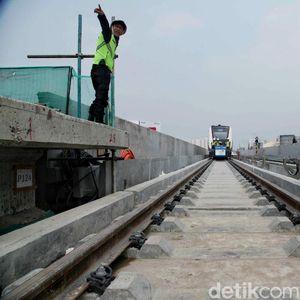 10 Agustus, Warga Jakarta Bisa Naik LRT