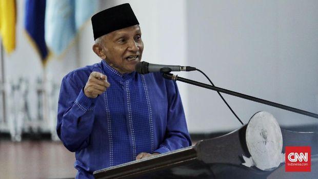 Ketua Dewan Kehormatan PAN Amien Rais memberikan sambutan di Halal Bihalal Keluarga Besar Universitas Bung Karno, Jakarta (29/6).