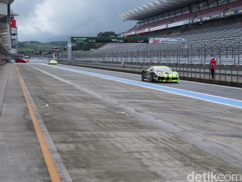 Ferrari Challenge. Foto: Zulfi Suhendra