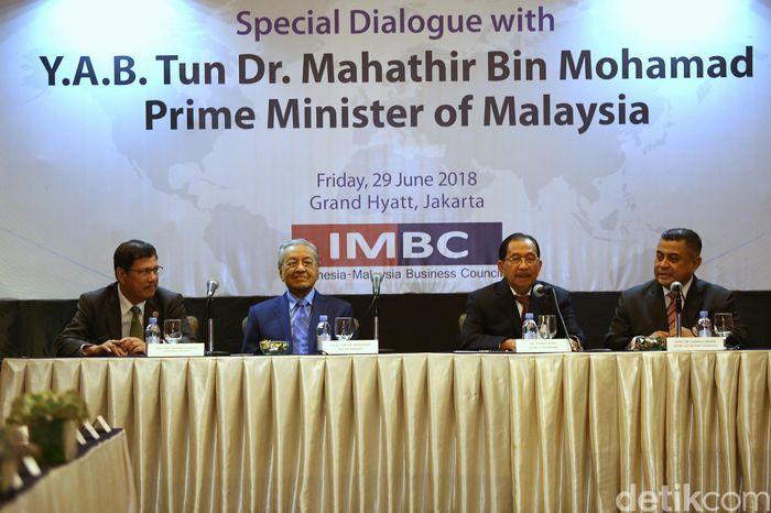 Dalam kunjungannya kali ini, Mahathir dijadwalkan bertemu dengan beberapa tokoh dan ekonom Indonesia di ruang Rinjani, Hotel Grand Hyatt, Jakarta, Jumat (29/6/2018).