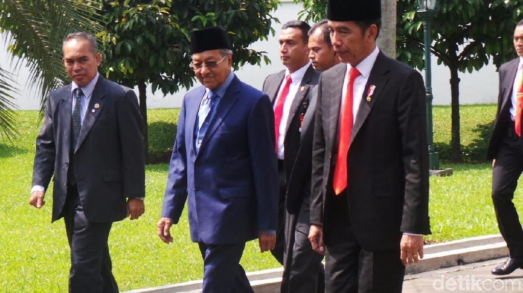 Jokowi dan Mahathir Surati Uni Eropa soal Larangan Sawit