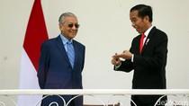 Cerita Jokowi Disopiri Mahathir, Ngebut 180 Km/Jam di Malaysia