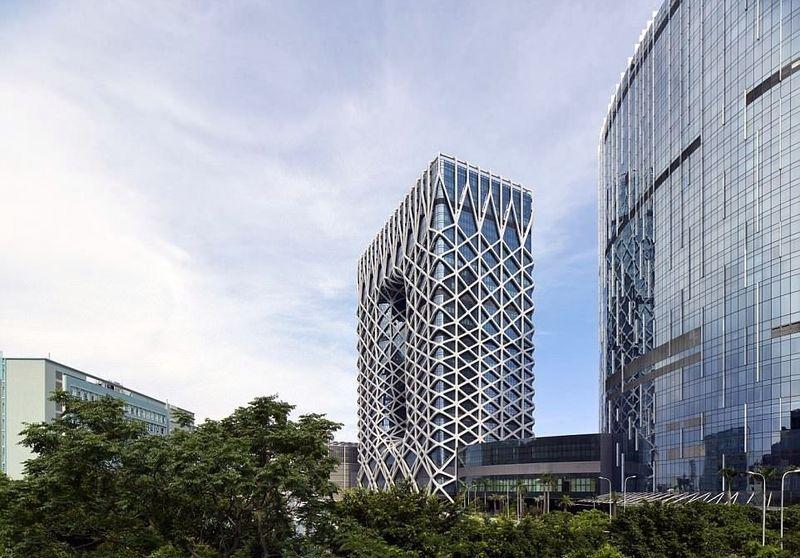 Inilah Morpheus Resort, kasino dan hotel yang dirancang oleh arsitek ternama Zaha Hadid. Kasino dan hotel ini dibuka untuk publik pada Jumat (15/6) lalu. (dok. Virgile Simon Bertrand)