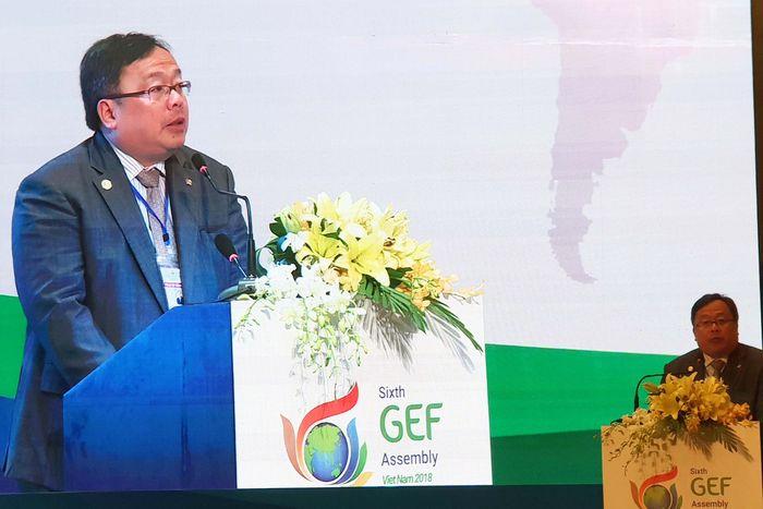 Menteri Perencanaan Pembangunan Nasional/Kepala Bappenas, Prof. Dr. Bambang Brodjonegoro, selaku Ketua Delegasi RI, sedang menyampaikan Statement Indonesia pada Plenary Session 6th Global Environment Facility (GEF) Assembly.