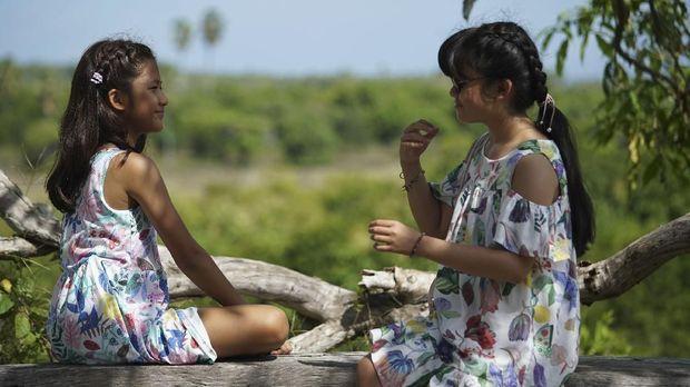 'Kulari ke Pantai' berawal dari cerita dua sepupu yang tak akur.