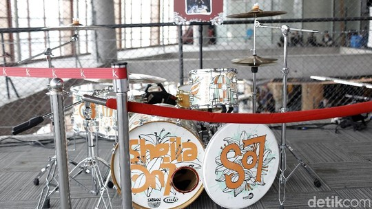Lihat Drum Set Musisi Top Tanah Air Yuk!