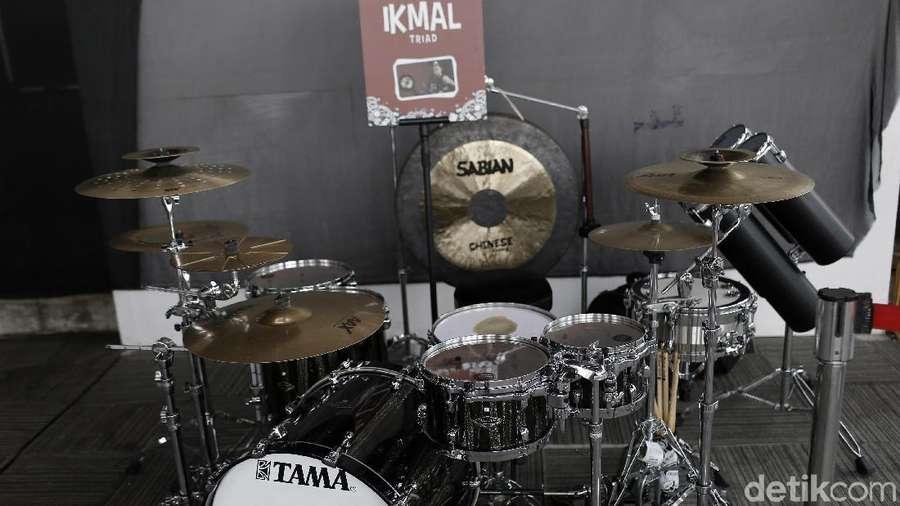 Lihat Drum Set Musisi Top Tanah Air Yuk!