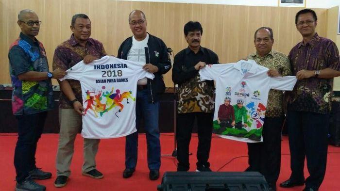 Kemenpora promosikan Asian Para Games 2018 lewat Jelajah Sepeda Nusantara 2018 (Foto: Kemenpora)