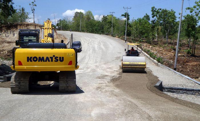 Beberapa proyek jalan dan jembatan yang dibiayai SBSN adalah pembangunan Jalan Akses Bandara Kertajati, Fly Over (FO) Gombong, Jalan Tol Solo-Kertosono yang menjadi porsi Pemerintah, Jembatan Musi IV. Foto: Dok. Kementerian PUPR