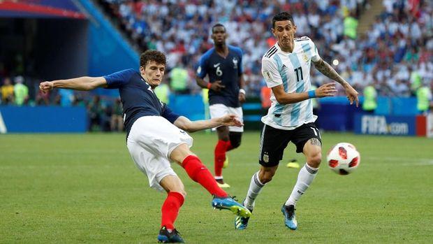 Benjamin Pavard mencetak gol terbaik di Piala Dunia 2018.