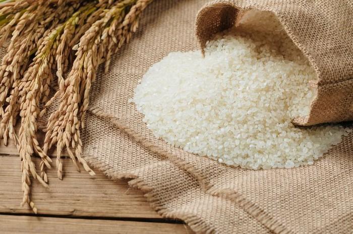 Jenis beras ini mungkin paling populer. Pandan wangi dari Cianjur memiliki kualitas terbaik. Bentuknya agak bulat dengan tekstur pulen dan harum aroma pandan. Foto: iStock