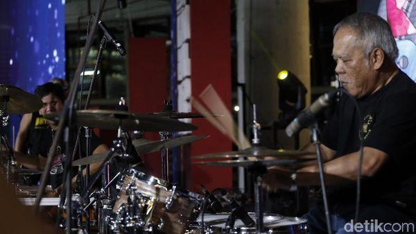 Cita-Cita Terpendam Menteri PUPR Jadi Drummer