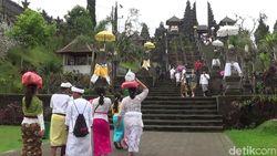 Bali Tidak Tertarik Bikin Peraturan SARA