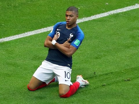 Soccer Football - World Cup - Round of 16 - France vs Argentina - Kazan Arena, Kazan, Russia - June 30, 2018  France's Kylian Mbappe celebrates scoring their third goal   REUTERS/Pilar Olivares     TPX IMAGES OF THE DAY
