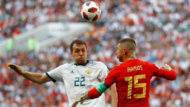 Artem Dzyuba berhasil mencetak gol penyama kedudukan.