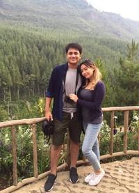 Asyiknya liburan bareng sang kekasih! (adzanabs/Instagram)