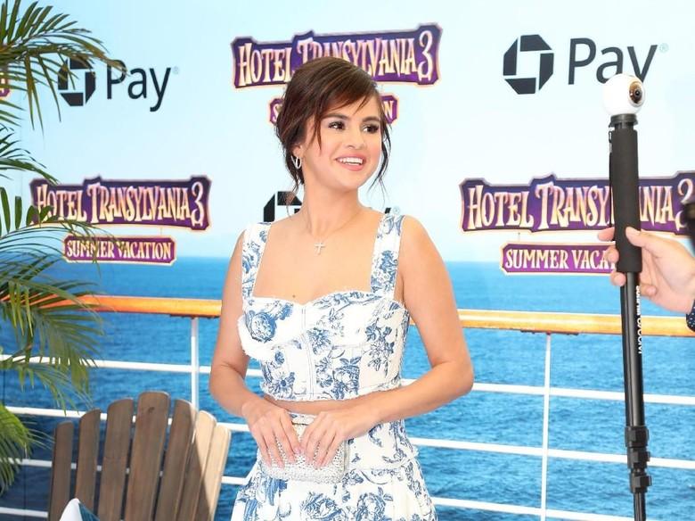 Hiks... Justin Bieber Sedih Selena Gomez Dirawat di Rumah Sakit