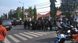 Ada Kabar Kantor Panwaslu Didemo 20 Ribu Orang, Polisi-TNI Siaga