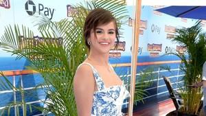 Disebut Mengalami Depresi, Ini Riwayat Sakit Si Cantik Selena Gomez