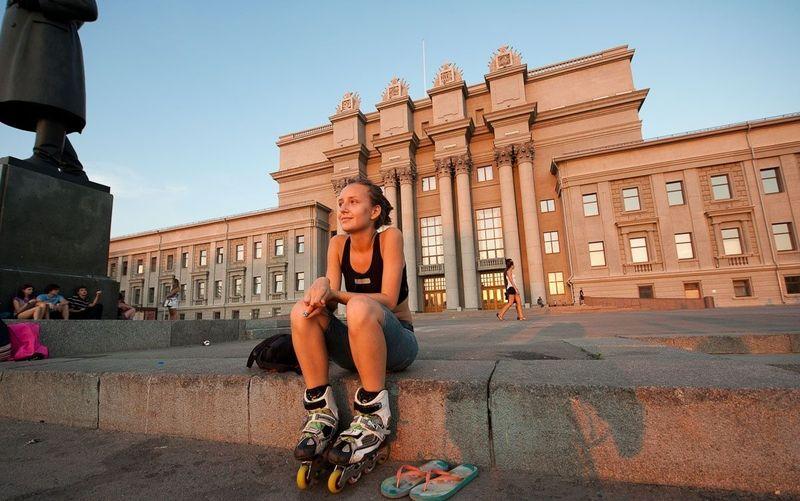 Samara adalah kota terbesar keenam di Rusia, di tepi Sungai Volga dengan latar Gunung Zhiguli. Fans Brasil yang sedang senang, bisa merayakannya dengan berwisata kota dan wisata alam (Russia Travel)