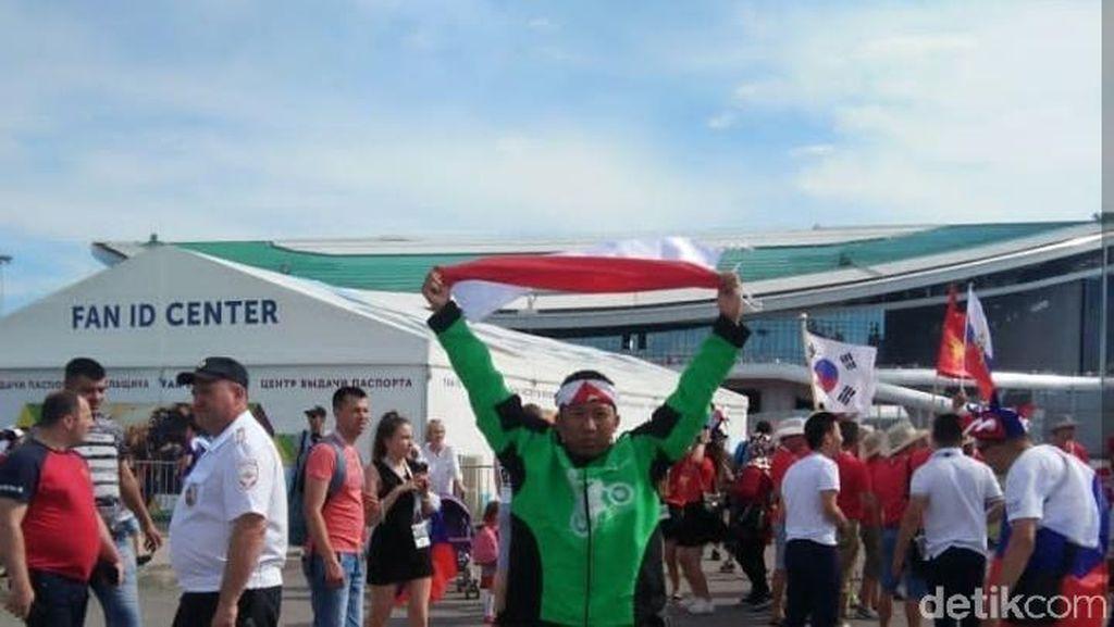 Bikin Iri, Driver Ojol Ini Berhasil Nabung Buat ke Piala Dunia Rusia