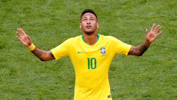 Neymar Mengaku Dipaksa Pakai Nomor 10 di Brasil